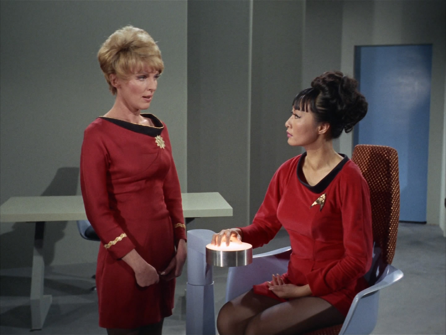 Should they have had a female Commodore in TOS? | Page 3 ...