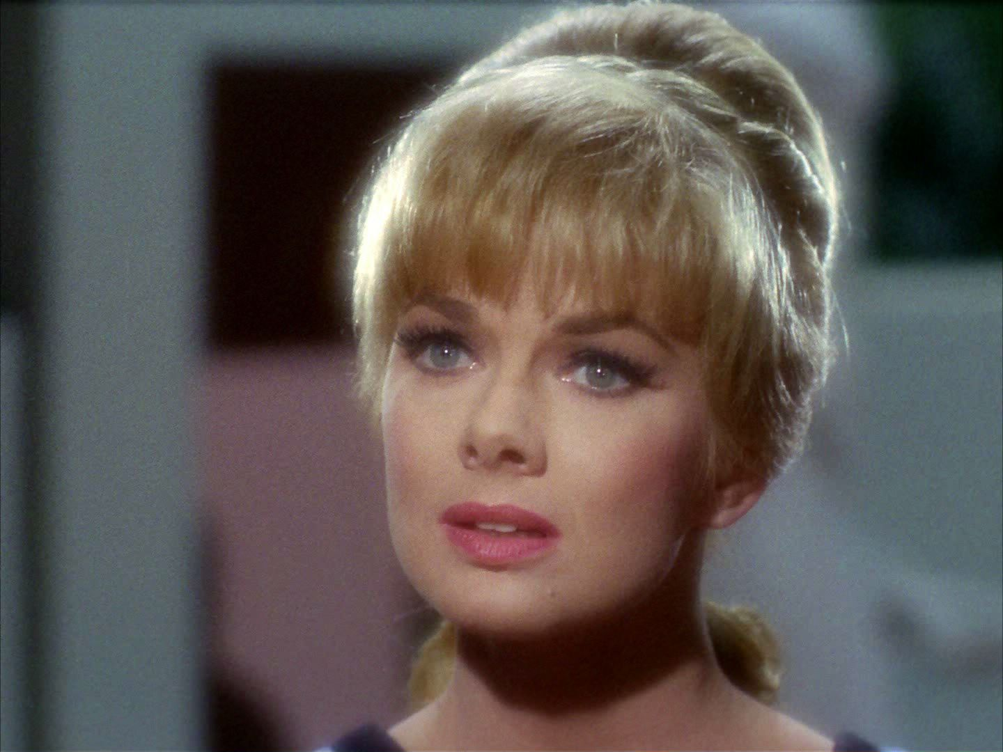 leslie parrish star trek - HD 1440×1080